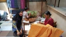 Pembuatan batik tulis